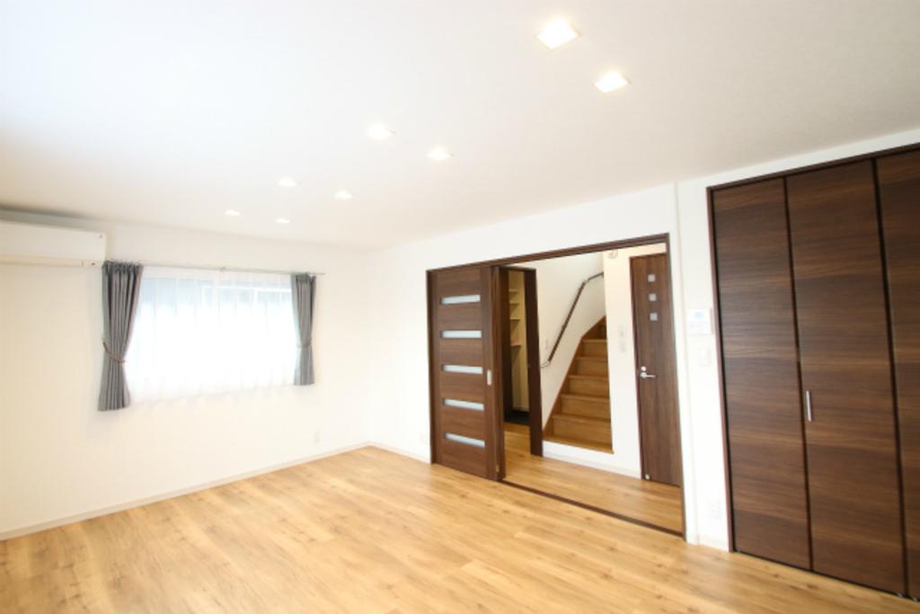 3階建、親世帯子世帯分離型2世帯住宅★完成見学会