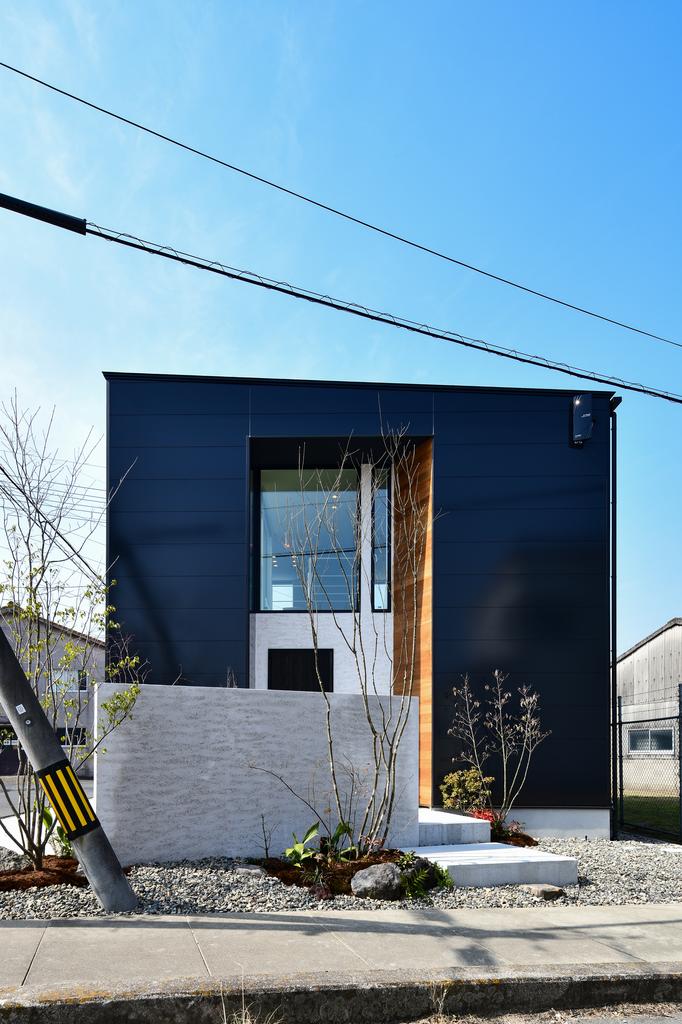 エッジの効いた『建房』の機能的コンセプトハウス見学会